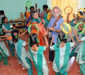 Hindu_children_dance_feature
