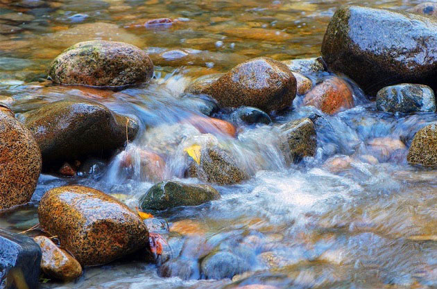 river-and-stones